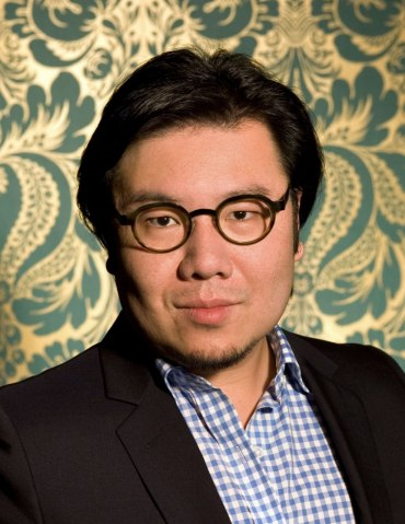 i.1.kevin-kwan-crazy-rich-asians-book-author